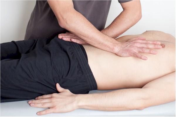Osteopathie - eine unserer Therapien in der Naturheilpraxis Ibing, Wunstorf, Hannover und Umgebung